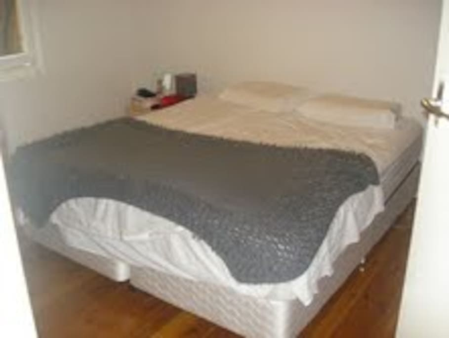King Size Bed and plenty of storage