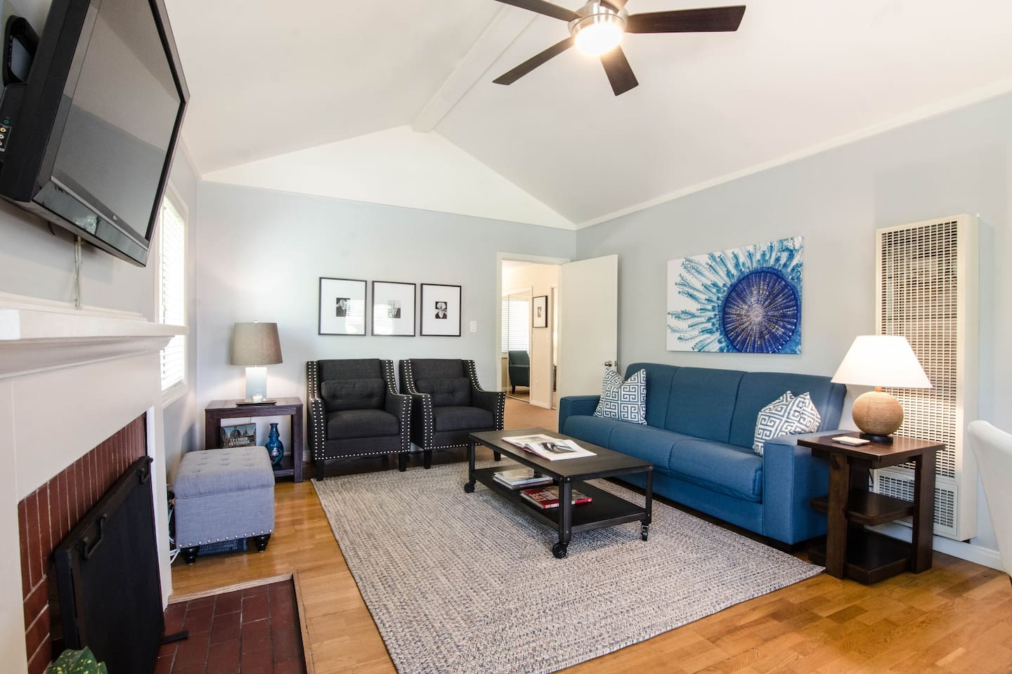 Beautiful Toluca Lake guest house - Guesthouses for Rent in Burbank ...