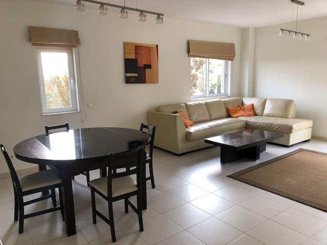 Premium T2 Apartment in Central Almancil