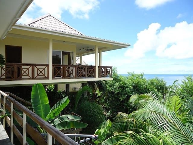 Chalet overlooking indian ocean - Mahé