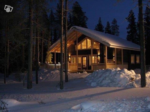Luxury log villa at Ylläs Lapland - Kolari - Haus