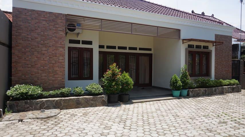 ARJUNA GUEST HOUSE