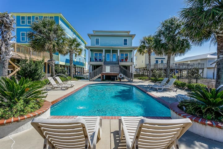 Gulf Shores Vacation Home, Steps from the Beach