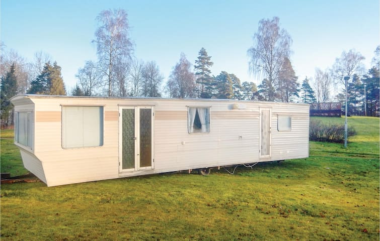 Mobil home with 2 bedrooms on 50m² in Dals Långed