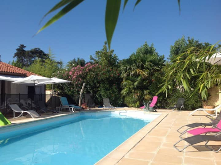 HOUSE pool P. prox. Toulouse