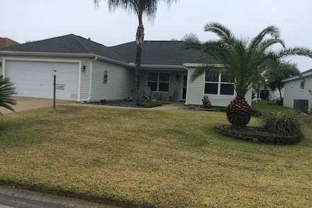 2136 Callaway Drive The Villages FL - House
