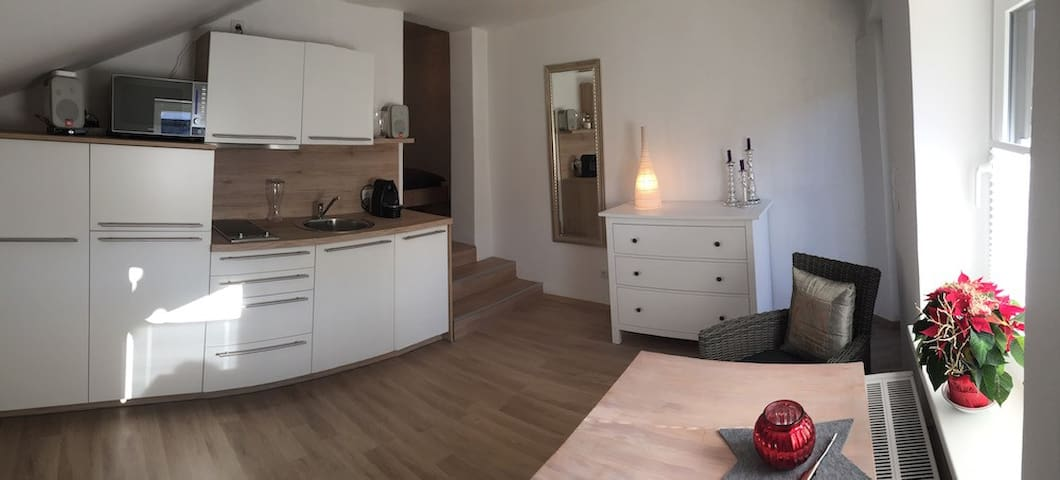Cozy Modern Apartment - Karwendel - Munich link - Scharnitz - Appartement