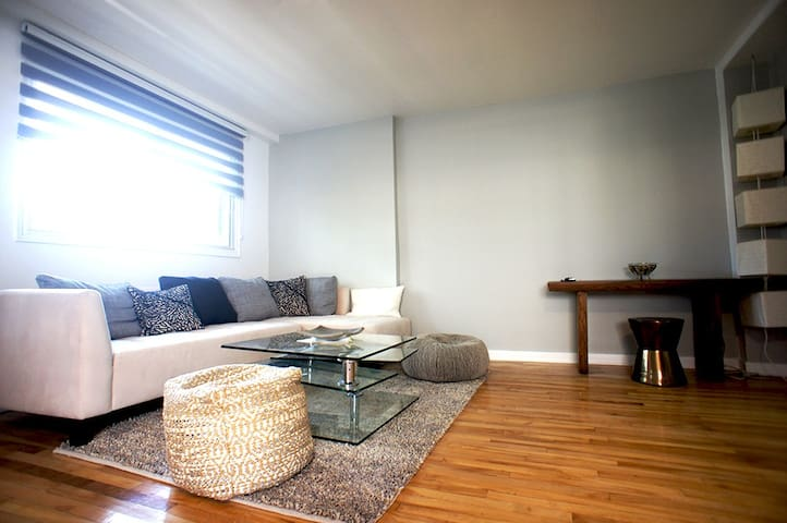 ROB108 - 2 Rooms Renovated, fully furnished Laval