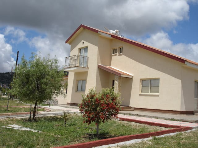 2 Storey House at Koilani village - Κοιλάνι