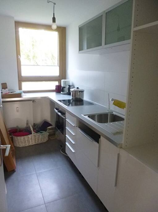 ...and a small kitchen (not ready on these picts, we will provide it with kitchen -equipement till October....