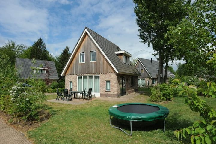 Available HOLIDAY COTTAGE Drenthe