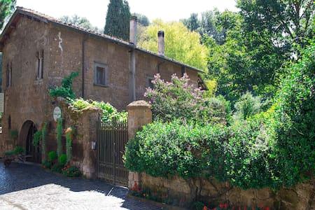 B & B Etruscan Garden - Sutri