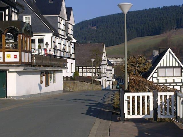 Vakwerkhuis 10p. Westfeld Sauerland - Schmallenberg