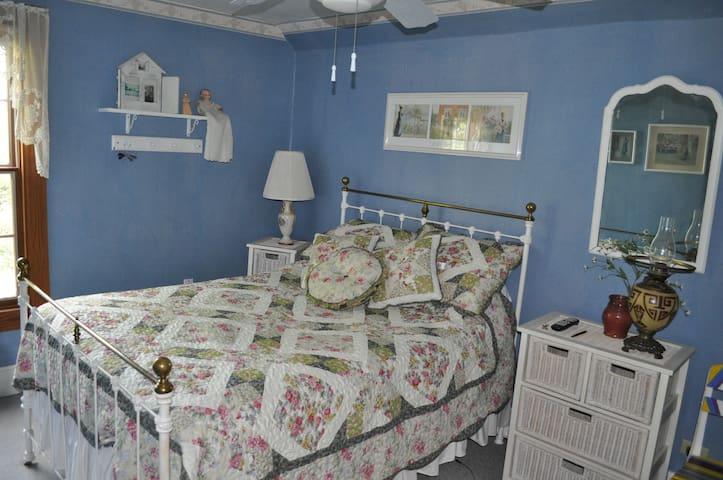 Sha-Bock Farm B&B/Blue Room - Pulaski - ที่พักพร้อมอาหารเช้า