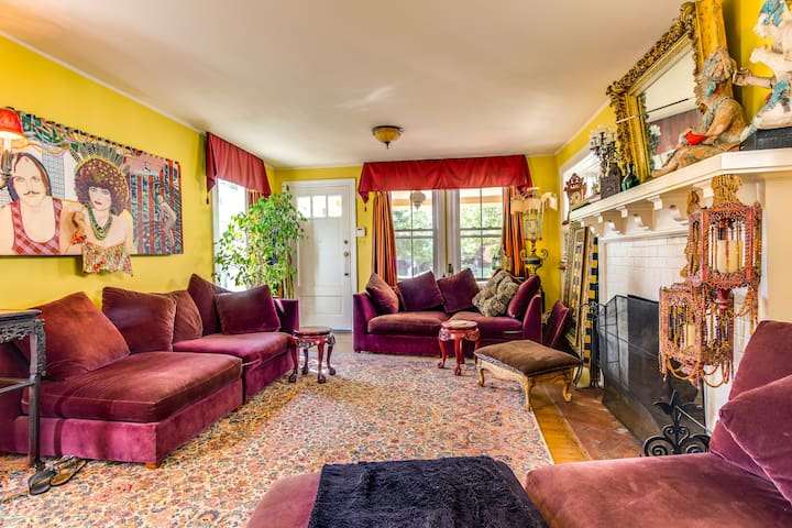 Funky , colorful Victorian House  - Asbury Park - Hus