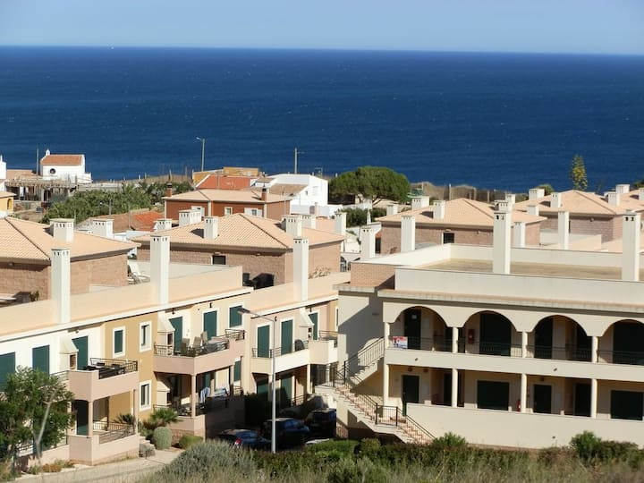 Apartment With Pool, Wi-fi, Balcony, Near To Beach