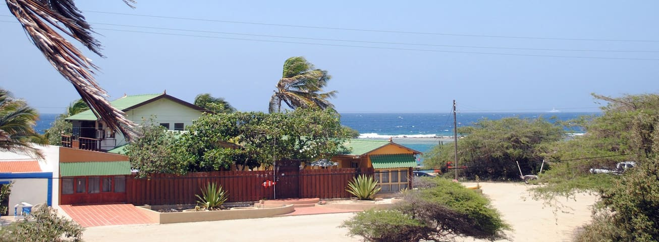 Unique Caribbean View Cottage Home  - Savaneta - Huis
