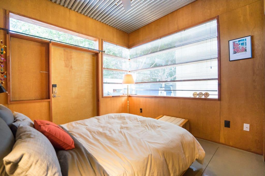 Light, airy room