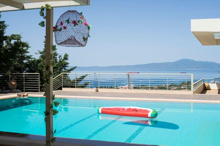 Modern Luxury Villa with Pool, just 5min to sea
