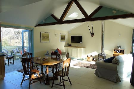 Stylish Cottage, Glorious views, 4* Gold rated - East Sussex - Haus