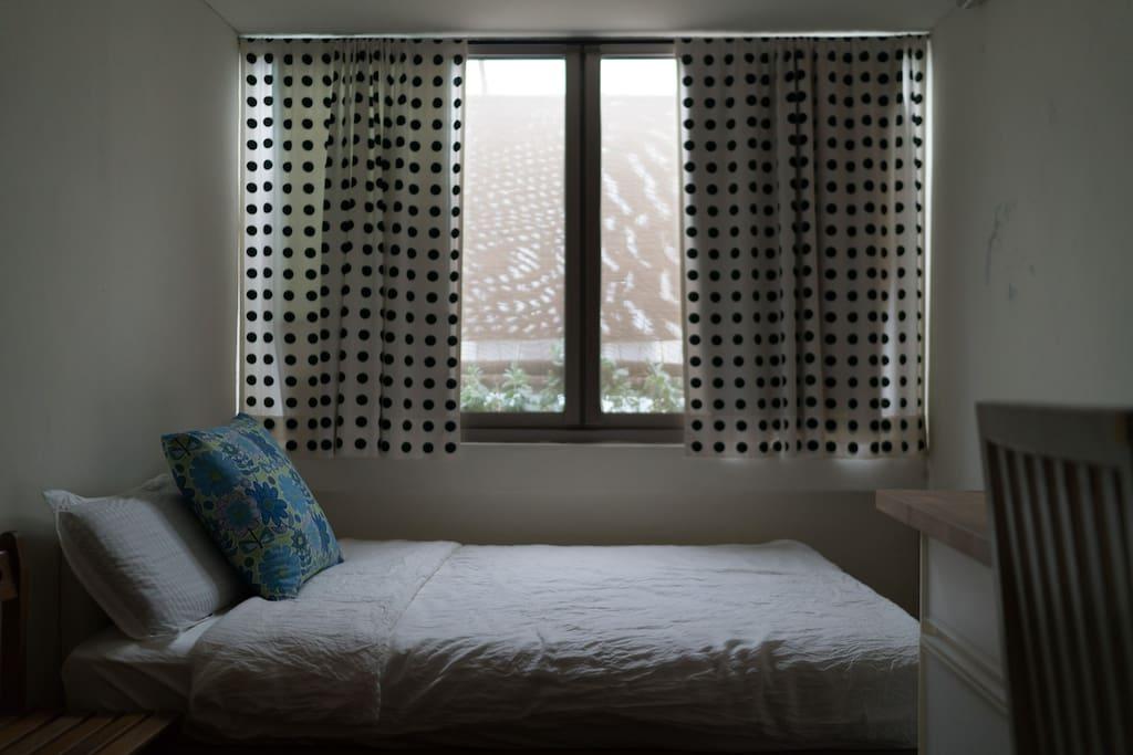 房間:晨曦喚醒,放鬆好眠。