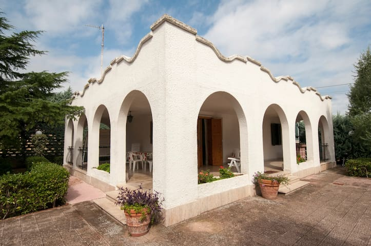 A quite and nice country house - Bisceglie - Casa de campo