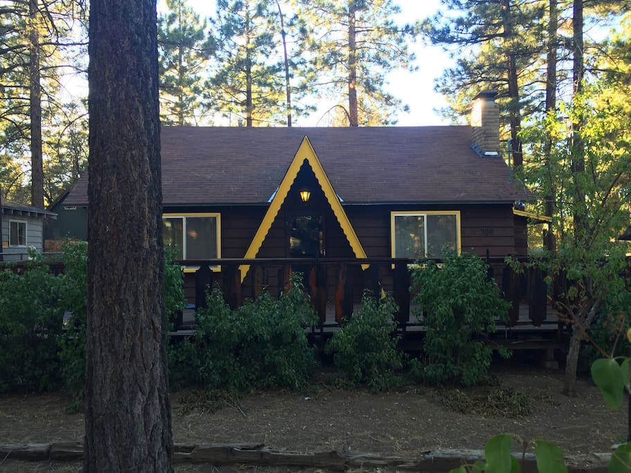 Acosta Cozy Cabin 4 Bedrm Big Bear Cottages For Rent In