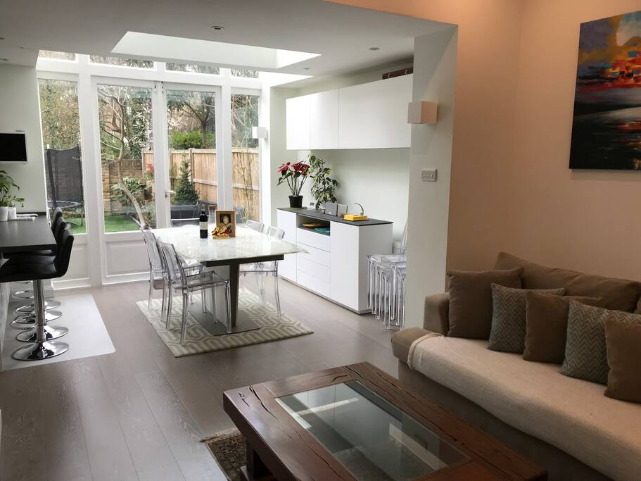 Open plan kitchen/lounge/dining area.
