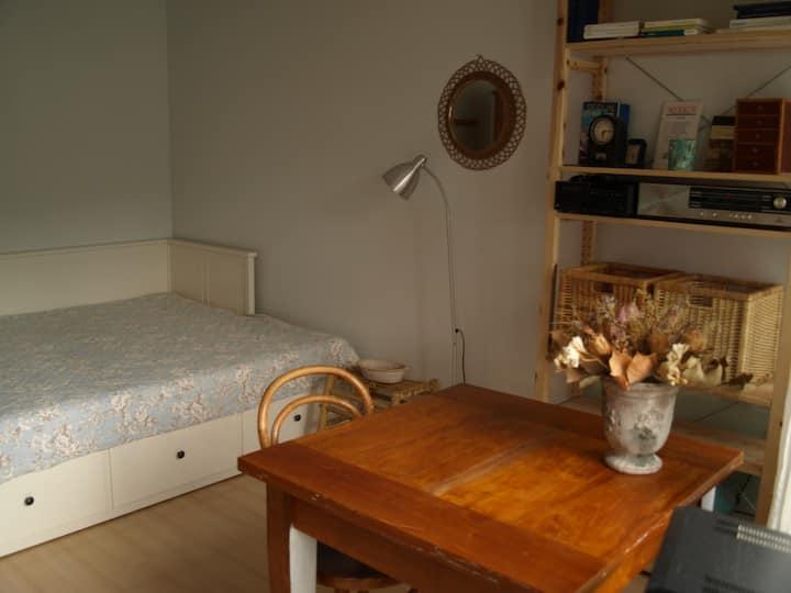Room # 3 -Messe- Wald- u. Stadtnähe