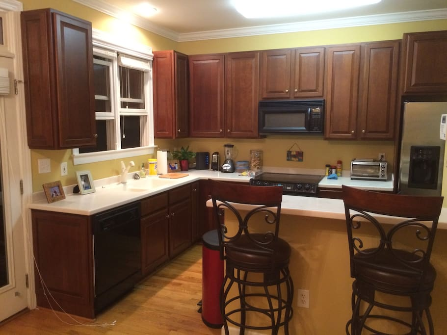 Access to this kitchen is included.