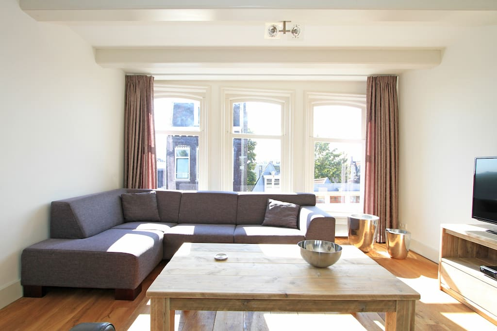 130m2 3 Bedroom 2 Bathroom Jordaan Apartment H3 Flats For Rent In Amsterdam North Holland