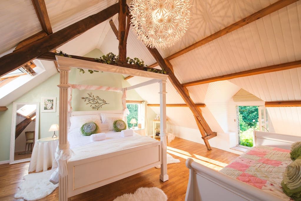 Le Verger - First floor bedroom with double bed  and day bed. Le Verger with Le Chene are ideal for families, accommodating up to 5 people in the entire upstairs space.