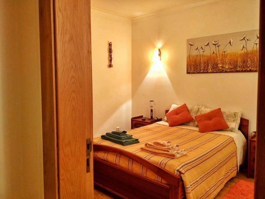 caldas da rainha big and beautiful singles Belong anywhere with airbnb aug 08  it has a beautiful beach and cafes/bars/restaurants caldas da rainha,  it has two big rooms and a huge kitchen with all the .