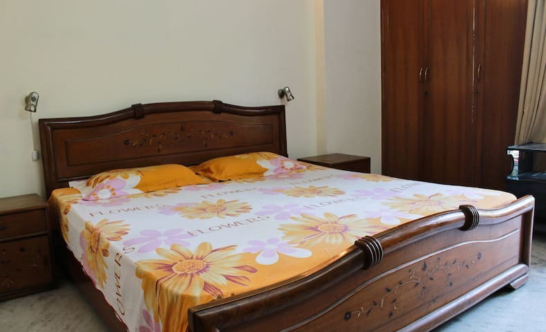 Best Bed and Breakfast room Delhi