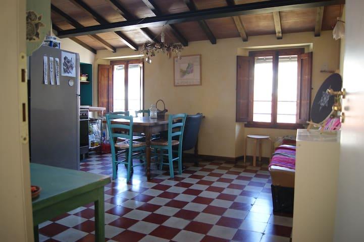 Appartamento nel cuore del centro storico - Pescia