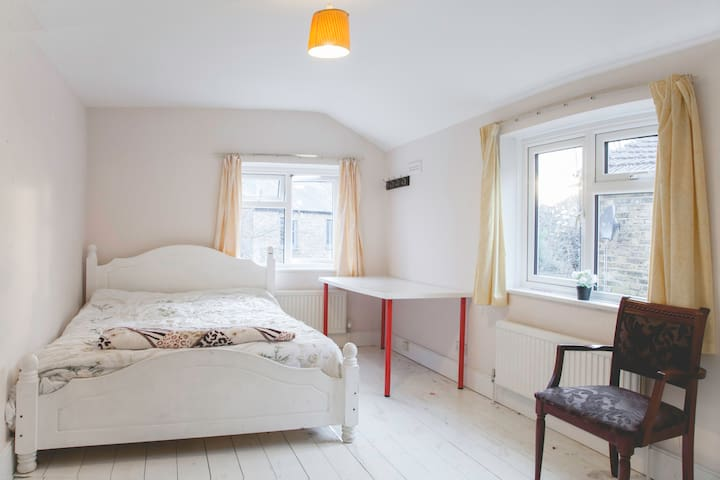 King bed in huge room, great for 2 people!