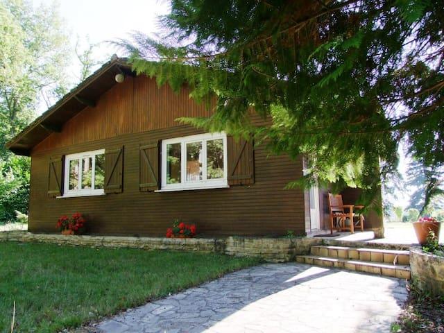 Gite en pleine nature fontainebleau - Milly-la-Forêt - Hytte (i sveitsisk stil)