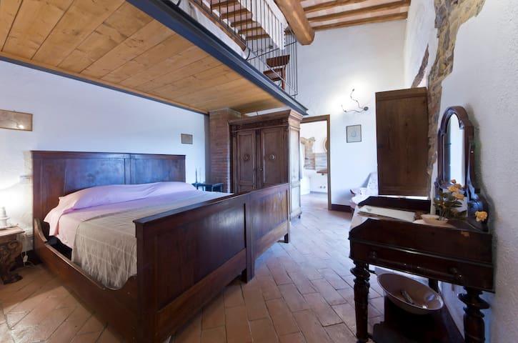 Camera dei Contadini - il Casalino - Pari