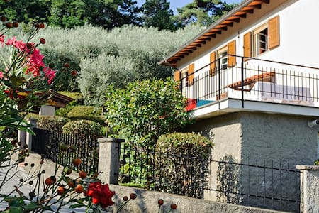 La Pariglia  - Massarosa - Bed & Breakfast