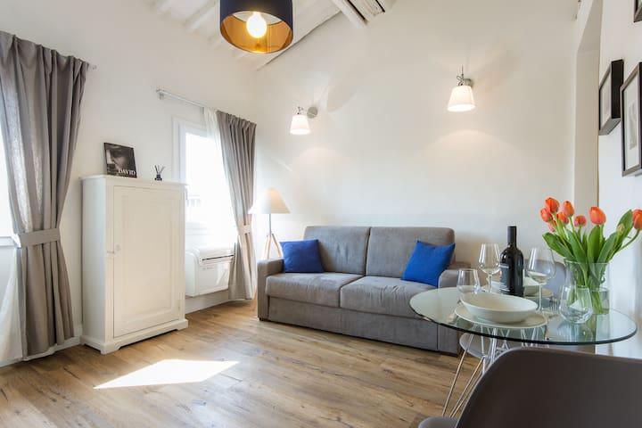 Boboli Suite: Your romantic design home