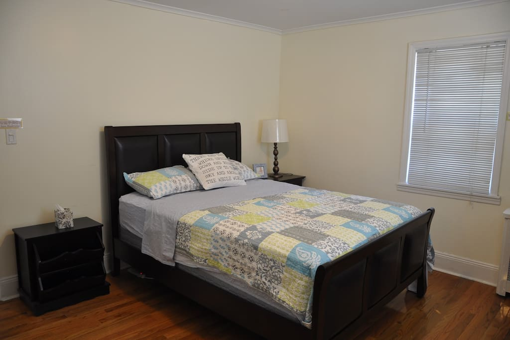 Master Bedroom Villas For Rent In Queens New York United States