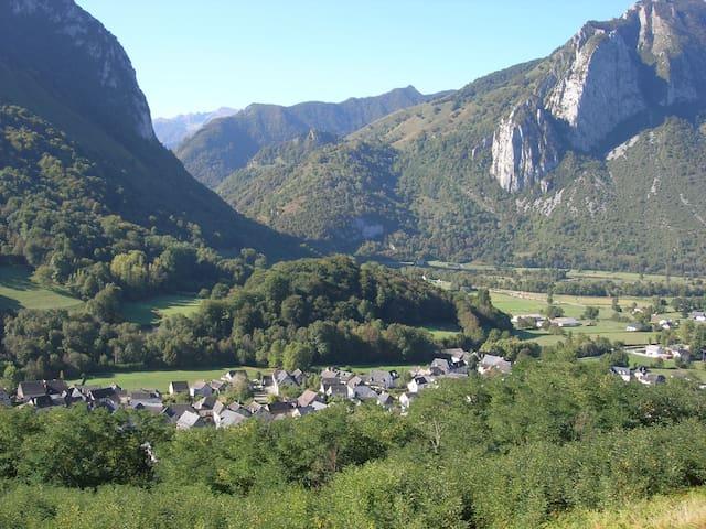 Maison entière à Accous en vallée d'Aspe