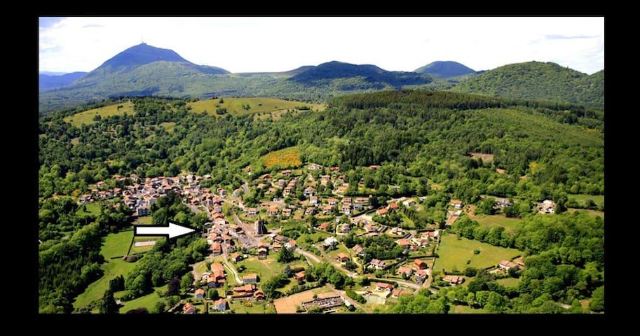 entre le Puy de Dôme et Vulcania - Orcines