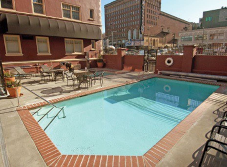 Outdoor Pool & Spa is open ALL year-round...