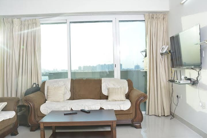 High rise apartment in Amanora Township