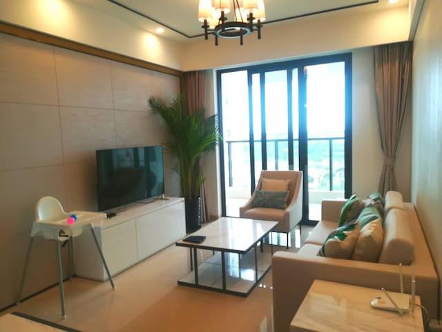 海棠湾近海棠广场&沙滩,海景公寓(二居室)可做饭