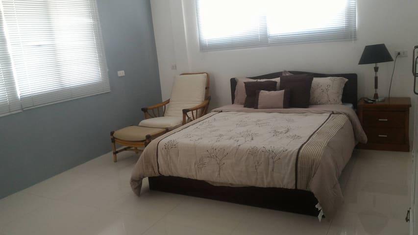 PV Vista Accommodations (Bed & Breakfast) - Cebú - Bed & Breakfast