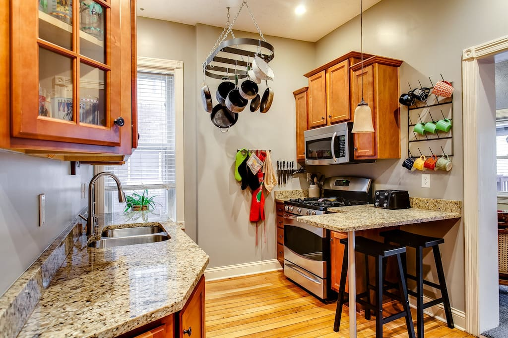 A nice spacious kitchen supplied with everything you should need for your stay.