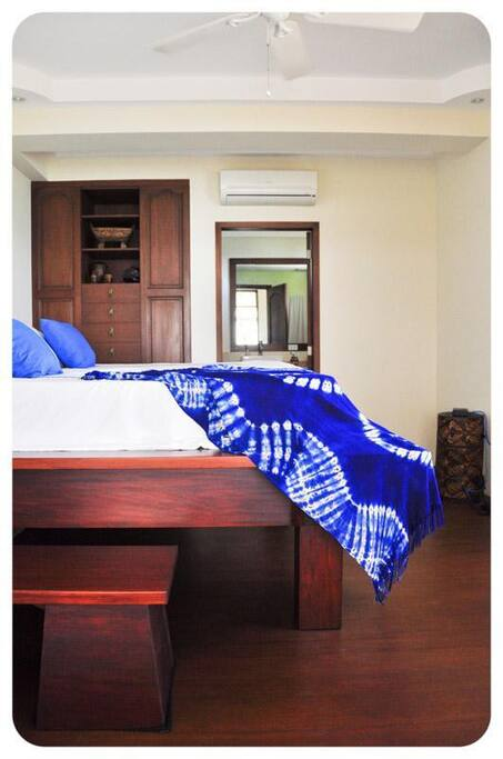 King Size Bed in Master bedroom with raised bed for the view