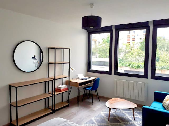 New studio near Buttes Chaumont
